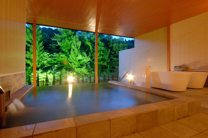 1 x Hida Takayama Accommodation Voucher for Two (valued at 30,000 yen)